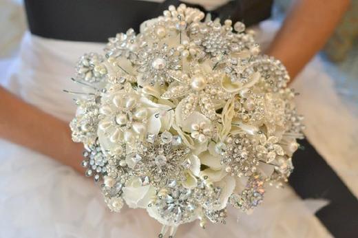 bruids-broche-boeket3
