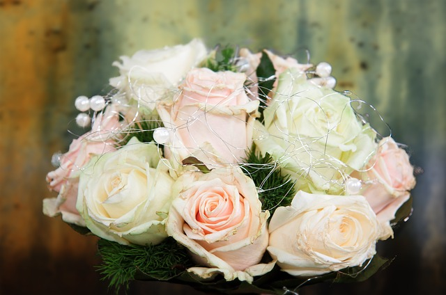 wedding-bouquet-366505_640